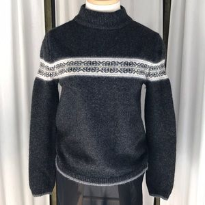 ✨ Gap Gray Wool Sweater Vintage